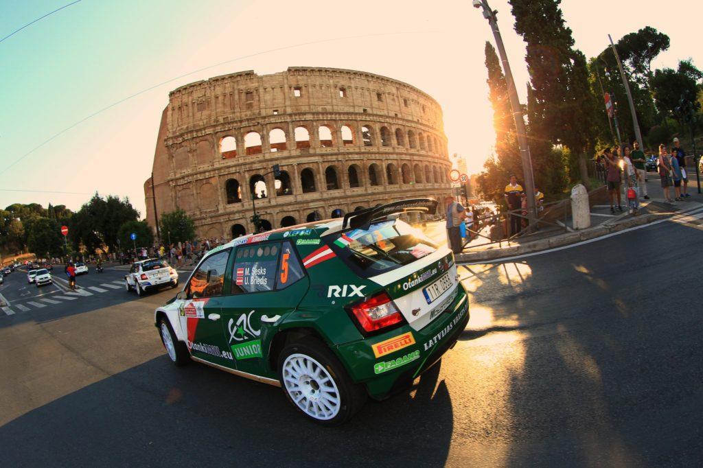 rally di roma capitale automobili da corsa colosseo roma